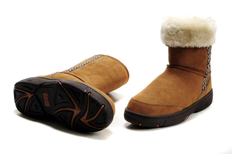 chaussure ugg ete